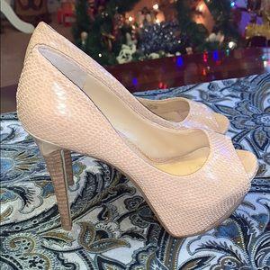 (487) Jessica Simpson Heels SZ 6.5 pre-worn